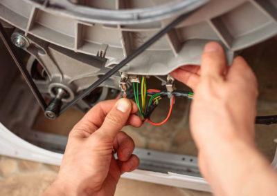 Réparation d'appareils d'électroménagers (machine à laver)